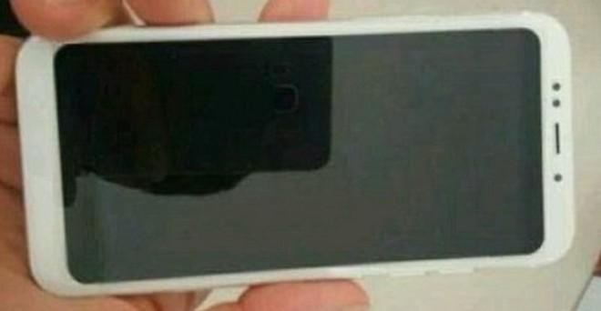 Xiaomi Redmi 5: foto, specifiche e certificazione TENAA - image id728456_1 on https://www.zxbyte.com